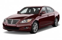 2010 Hyundai Genesis 4-door Sedan 4.6L V8 Angular Front Exterior View