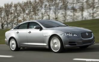 2011 Jaguar XJ: TheCarConnection's Live Drive