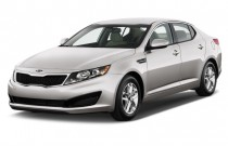 2010 Kia Optima 4-door Sedan I4 Auto LX Angular Front Exterior View