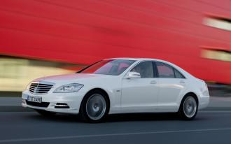 2009 New York Auto Show: 2010 Mercedes-Benz S-Class Goes Hybrid