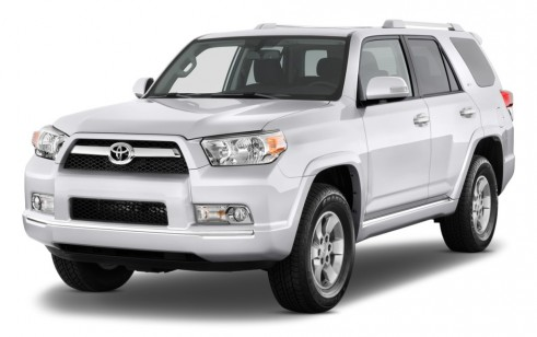2010 Toyota 4Runner 4WD 4-door V6 SR5 (Natl) Angular Front Exterior View