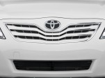 2010 Toyota Camry 4-door Sedan V6 Auto XLE (Natl) Grille