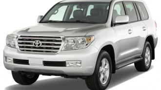 2010 Toyota Land Cruiser 4-door 4WD (Natl) Angular Front Exterior View