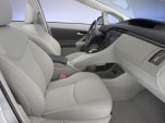 2010 Toyota Prius two-tone leather interior