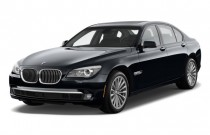 2011 BMW 7-Series 4-door Sedan 750i RWD Angular Front Exterior View