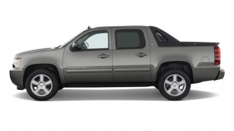 """2011 Chevrolet Avalanche 2WD Crew Cab 130"""" LS Side Exterior View"""