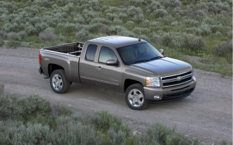General Motors To Retool Pickup Plants Beginning In 2012