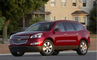 2011 Chevrolet Traverse, GMC Acadia, Buick Enclave Earn Top Safety Pick