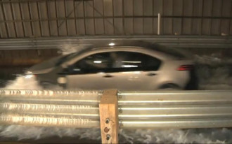 2011 Chevrolet Volt Proves Safe In Deep-Water Test