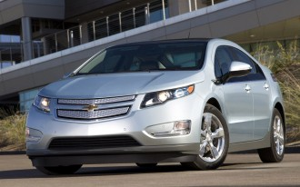 2011 Chevrolet Volt: Our Editors Weigh In