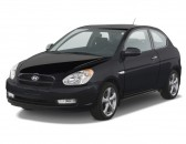 2011 Hyundai Accent 3dr HB Auto SE Angular Front Exterior View