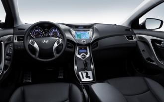 2011 Hyundai Elantra Interior Revealed, Goes Upmarket