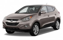 2011 Hyundai Tucson FWD 4-door Auto Limited PZEV Angular Front Exterior View