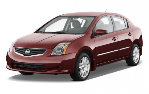 2011 Nissan Sentra 4-door Sedan I4 CVT 2.0 S Angular Front Exterior View