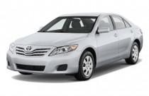 2011 Toyota Camry 4-door Sedan V6 Auto LE (Natl) Angular Front Exterior View