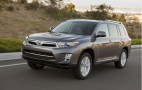 2011 Toyota Highlander Hybrid: New Styling, Higher Mileage