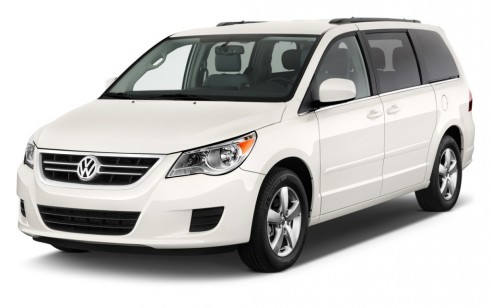 2011 volkswagen routan vs toyota sienna honda odyssey. Black Bedroom Furniture Sets. Home Design Ideas