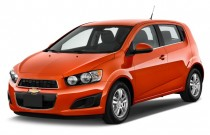 2012 Chevrolet Sonic 5dr HB LT 1LT Angular Front Exterior View