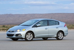2012 Honda Fit Vs 2012 Honda Insight Hybrid: High Gas Mileage Battle