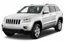 2012 Jeep Grand Cherokee RWD 4-door Laredo Angular Front Exterior View