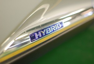 Every 2014 And 2015 Hybrid Car  In The U.S.: Ultimate Guide