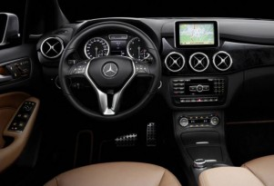 2012 Mercedes-Benz B-Class interior leak