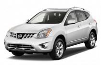 2012 Nissan Rogue FWD 4-door SV Angular Front Exterior View