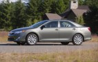 2012 Toyota Camry Hybrid Highly Rated By Consumer Reports