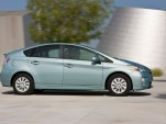 2013 Toyota Prius Plug-in Challenge Raises Funds For Philanthropy