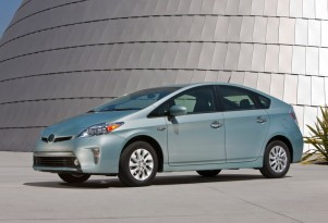 2014 Toyota Prius Plug-In Hybrid Price Cut By $2,000 To $4,600