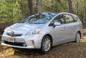 2012 Toyota Prius V Hybrid vs Mazda5: Saving Money On Wagons
