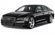 2013 Audi S8 4-door Sedan Angular Front Exterior View