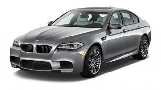 2013 BMW M5 4-door Sedan Angular Front Exterior View