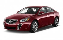 2013 Buick Regal 4-door Sedan GS Angular Front Exterior View