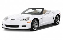 2013 Chevrolet Corvette 2-door Convertible Grand Sport w/4LT Angular Front Exterior View
