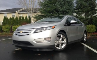 2013 Chevrolet Volt Video Road Test