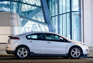 Chevy Volt Plug-In Electric Cars Now Have Battery Cells Made In U.S.