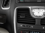 2013 Chrysler Town & Country 4-door Wagon Limited Air Vents