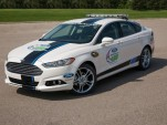 2013 Ford Fusion Titanium pace car, to be given away by Sprint and Ford - image: Ford Racing