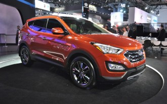 2013 Hyundai Santa Fe: Walkaround Video