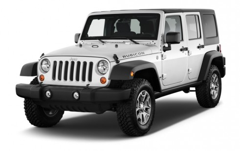 2013 Jeep Wrangler Unlimited 4WD 4 Door Rubicon Angular Front Exterior View