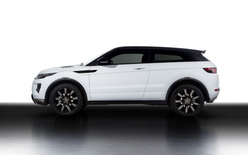 https://static.hgmsites.net/images/cache/2013-land-rover-range-rover-evoque-with-black-design-pack_100421172_491x308.jpg
