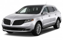 2013 Lincoln MKT 4-door Wagon 3.7L FWD Angular Front Exterior View