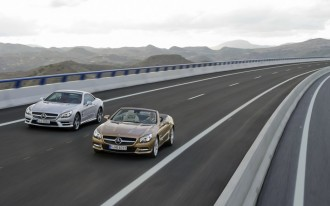 2013 Mercedes-Benz SL Class Reveal Live-Streamed On Facebook