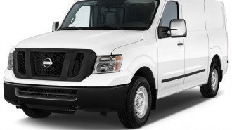2013 Nissan NV Standard Roof 2500 V8 S Angular Front Exterior View