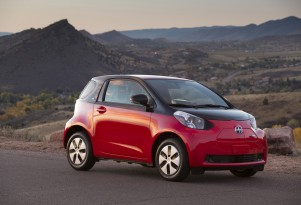 2013 Scion iQ Electric Car Hits U.S., Campus & Car-Sharing Only