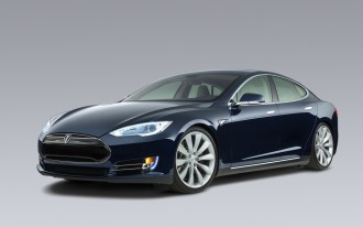 Next New Tesla Sedan Will Be Smaller, Less Expensive, In 2016