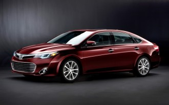 2013 Toyota Avalon: Family Sedan Gets A Dramatic New Look