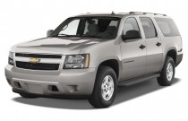 2014 Chevrolet Suburban 2WD 4-door LS Angular Front Exterior View