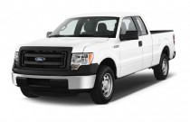 "2014 Ford F-150 2WD SuperCab 145"" XL Angular Front Exterior View"